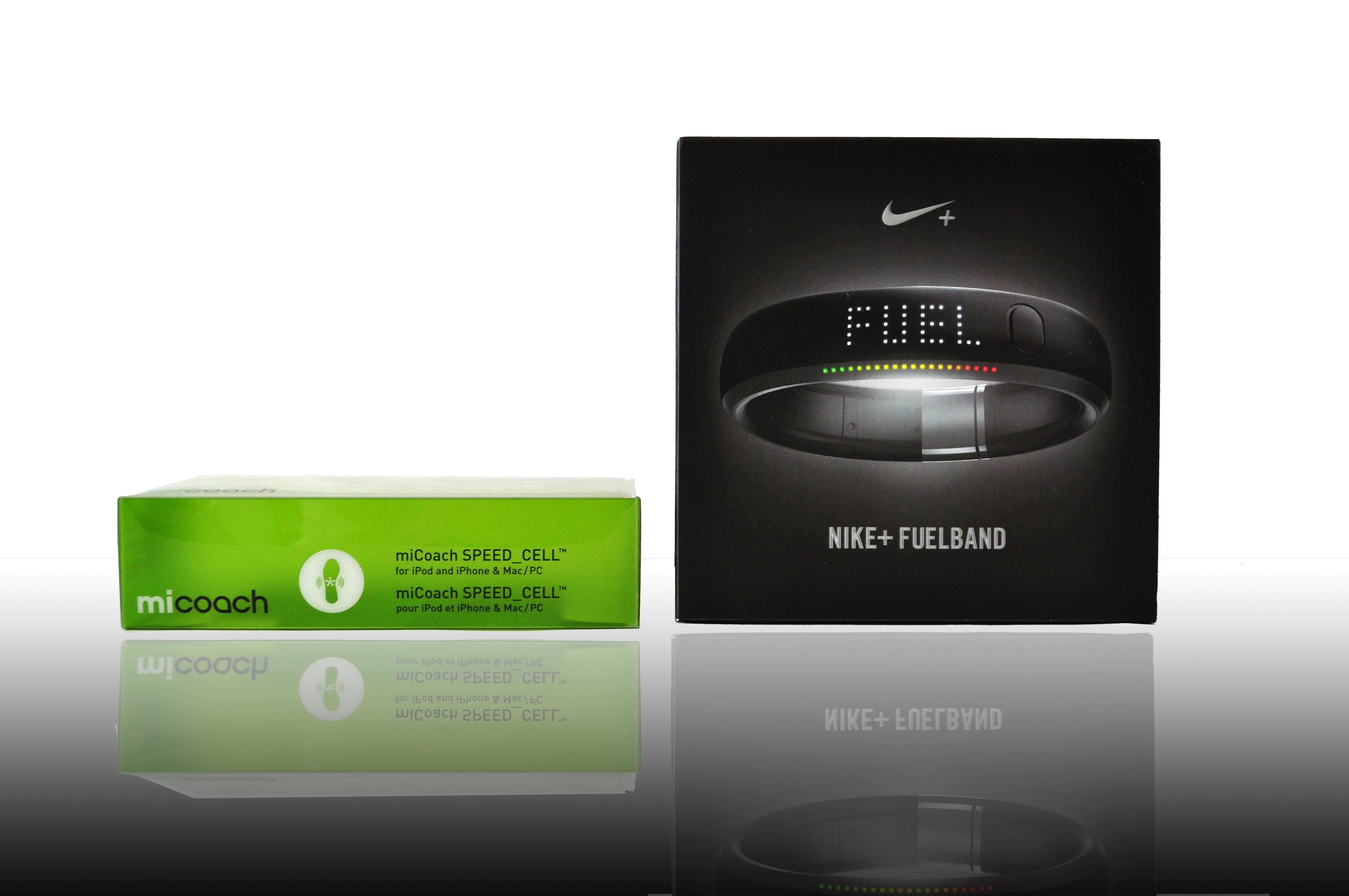 estrecho Cumplir ~ lado  Adidas MiCoach v Nike Fuel Band | Goals and Gear