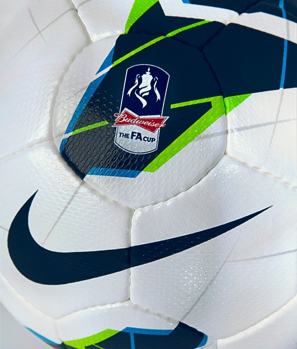 FA_Cup_Ball_detail
